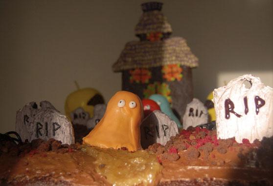 Gothtober edible graveyard